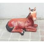 Koń leżący rudy